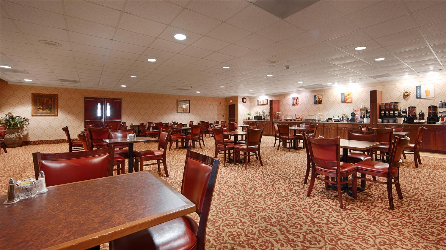 Restaurant - Best Western Regency Inn Marshalltown