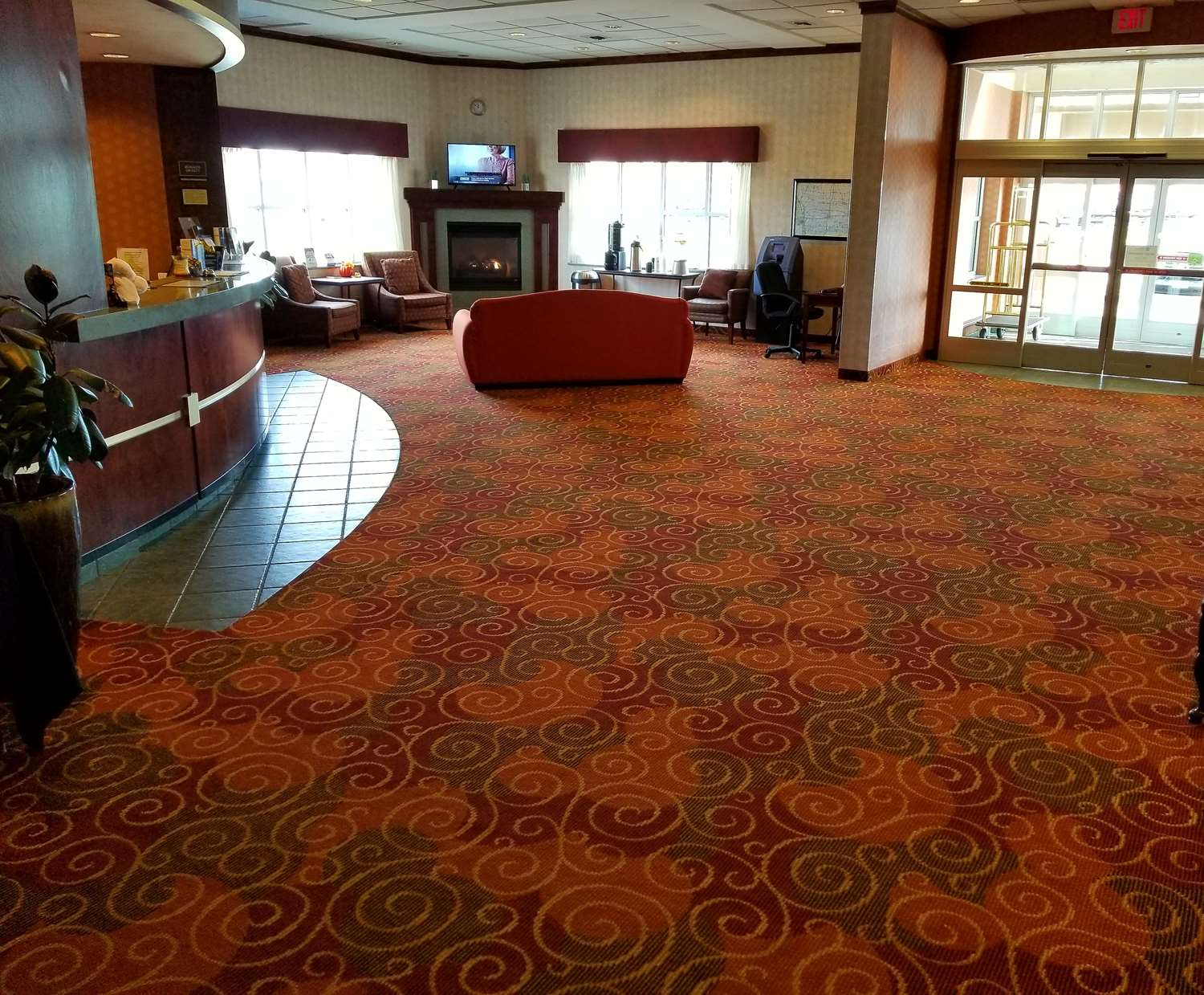 Lobby - Best Western Regency Inn Marshalltown