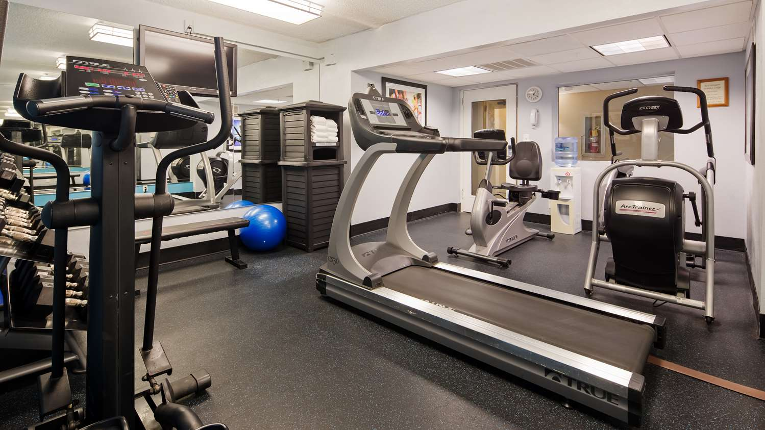 Fitness/ Exercise Room - Best Western Holiday Lodge Clear Lake
