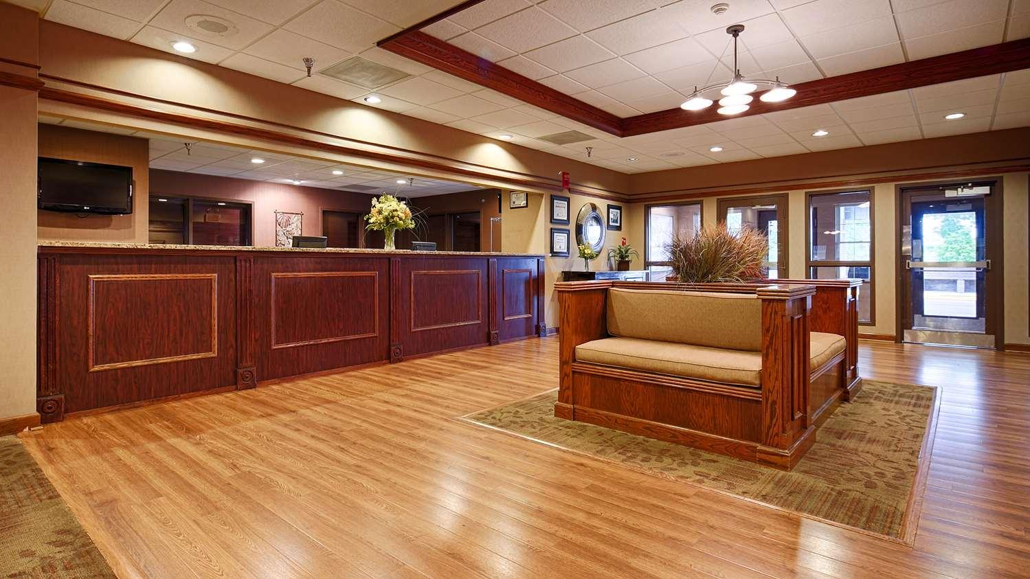Best Western Plus Steeplegate Inn Davenport Ia See
