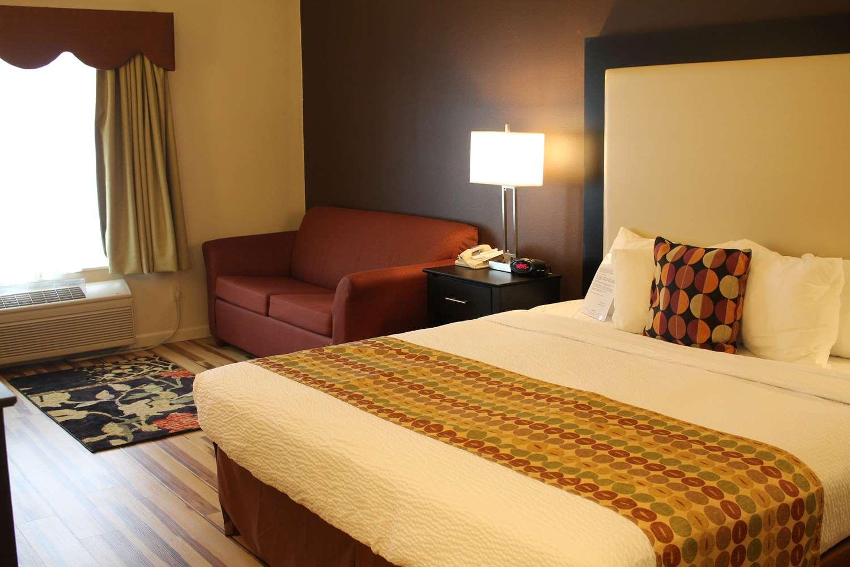 Room - Best Western Plus Inn & Suites Clive