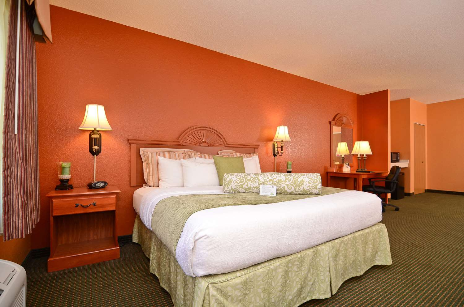 Suite - Best Western Pioneer Inn & Suites Grinnell
