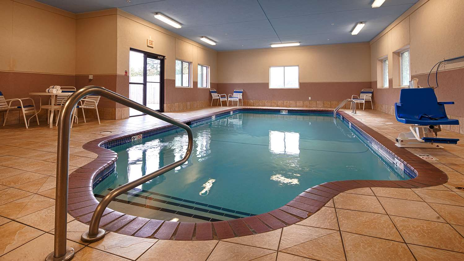 Pool - Best Western Plus Altoona Inn