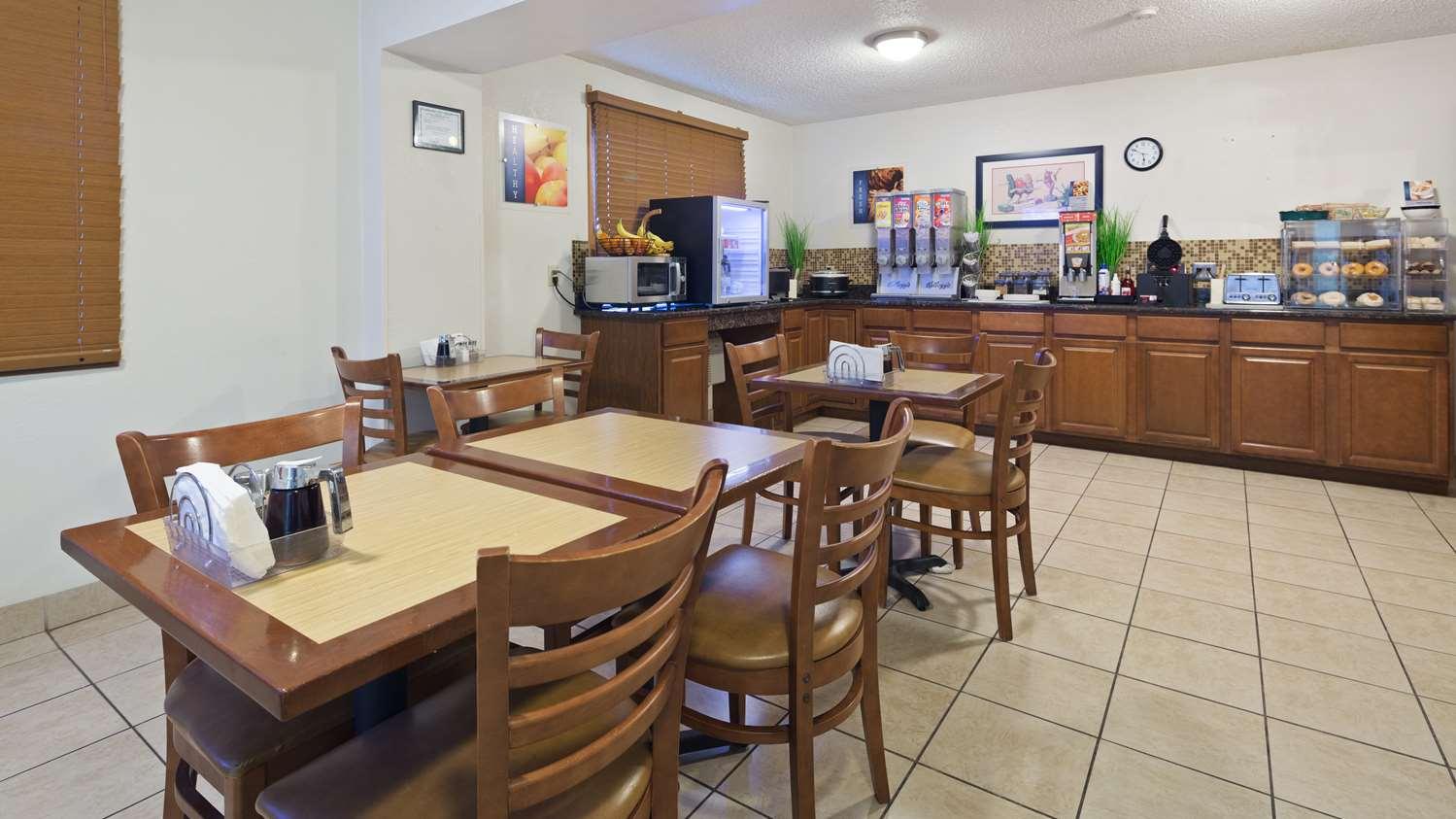 Restaurant - Best Western Mt Pleasant Inn
