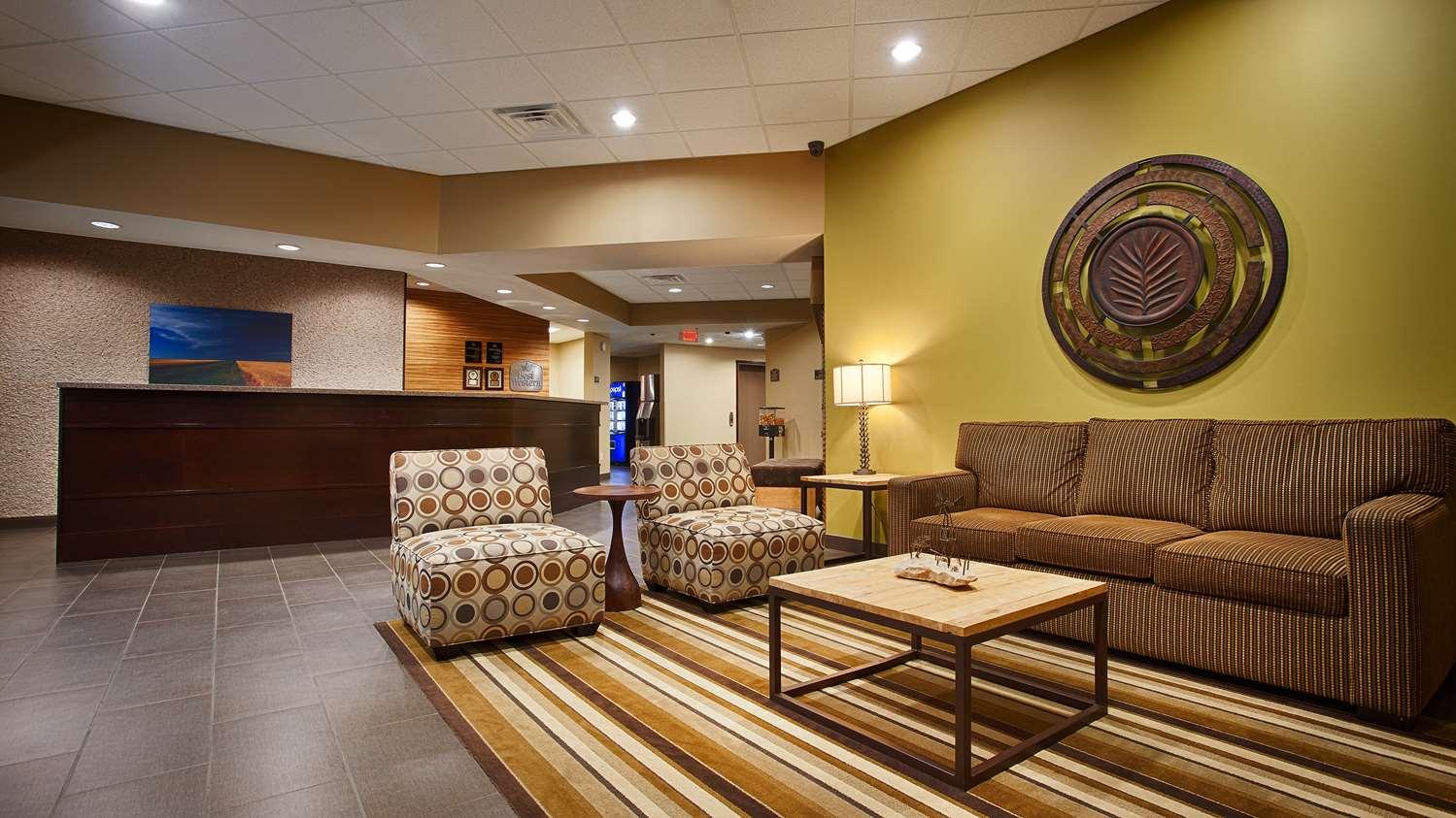 Lobby - Best Western Plus Night Watchman Inn & Suites Greensburg