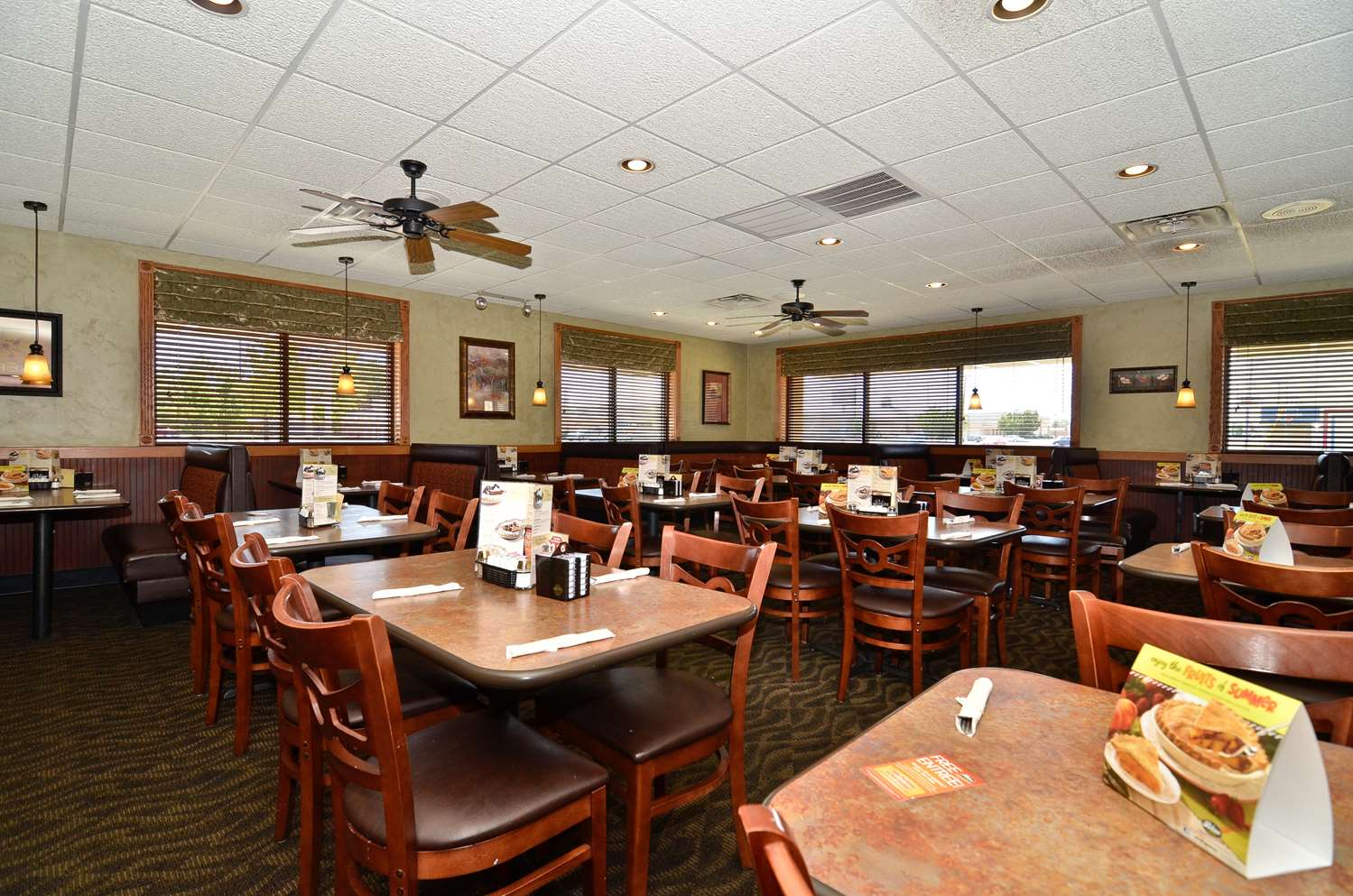 Restaurant - Best Western Angus Inn Great Bend