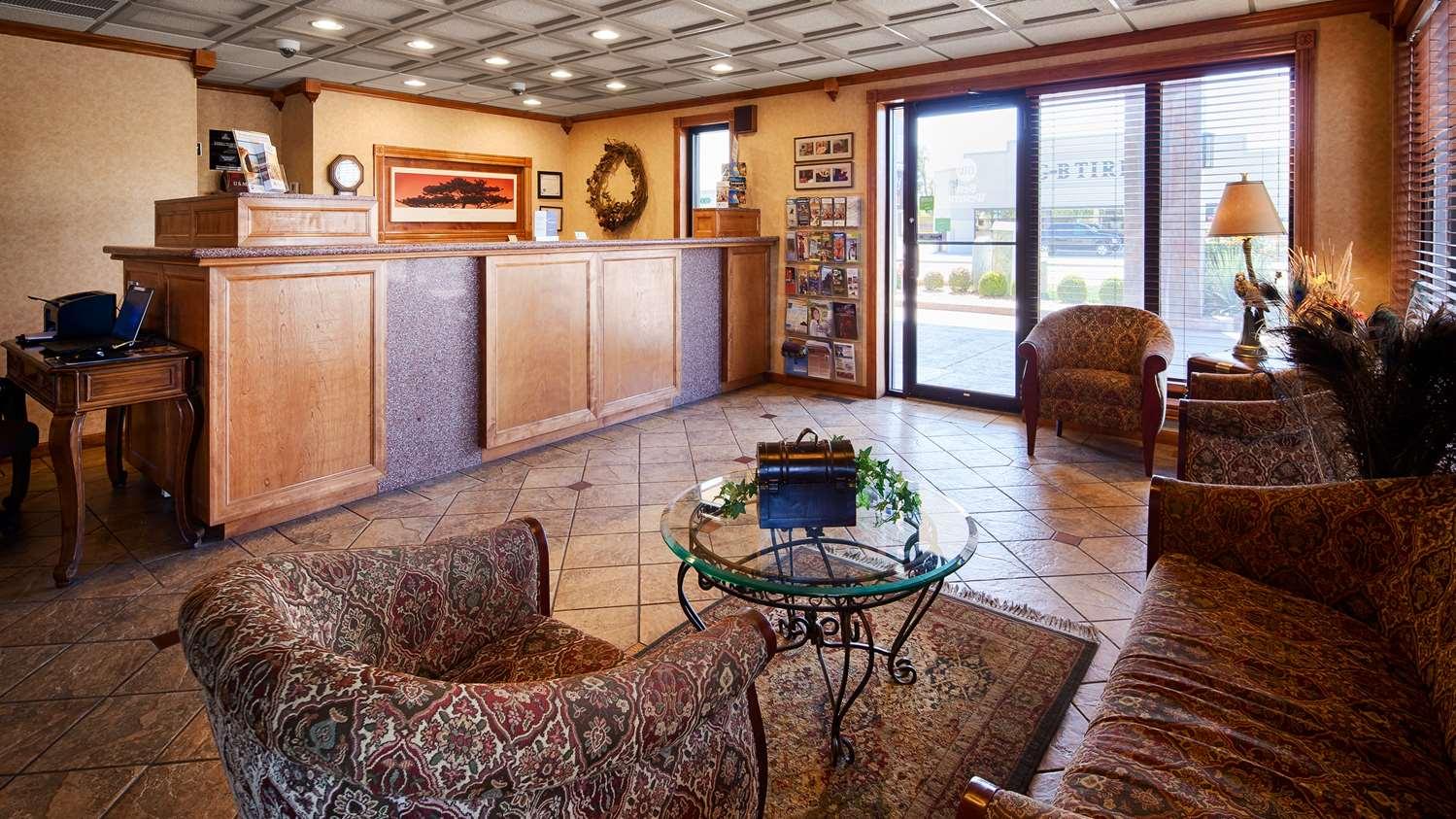 Lobby - Best Western Angus Inn Great Bend