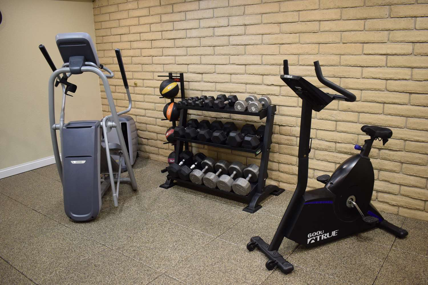 Fitness/ Exercise Room - Best Western Wichita North Hotel
