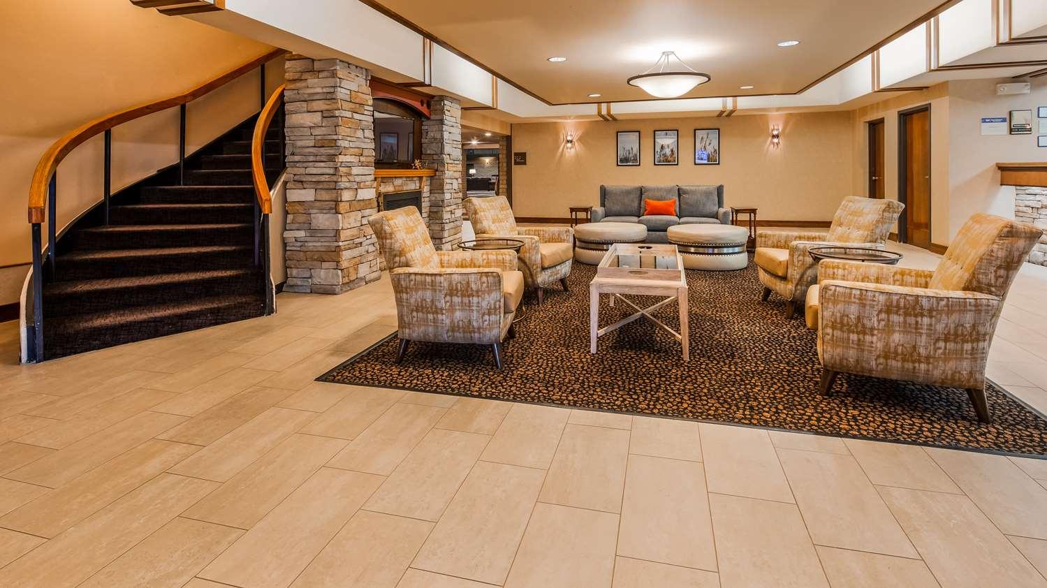 Lobby - Best Western Wichita North Hotel