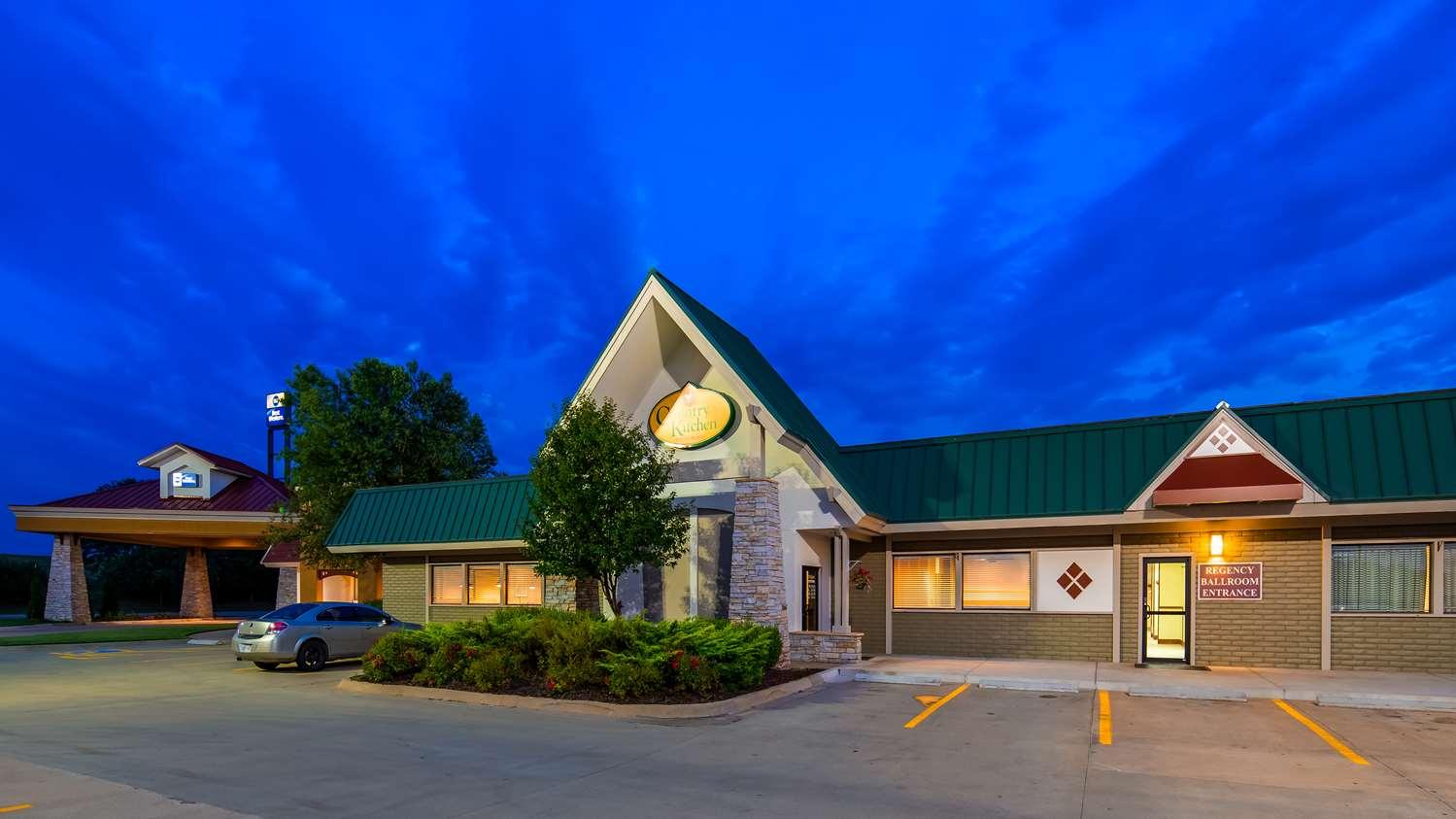Exterior view - Best Western Wichita North Hotel