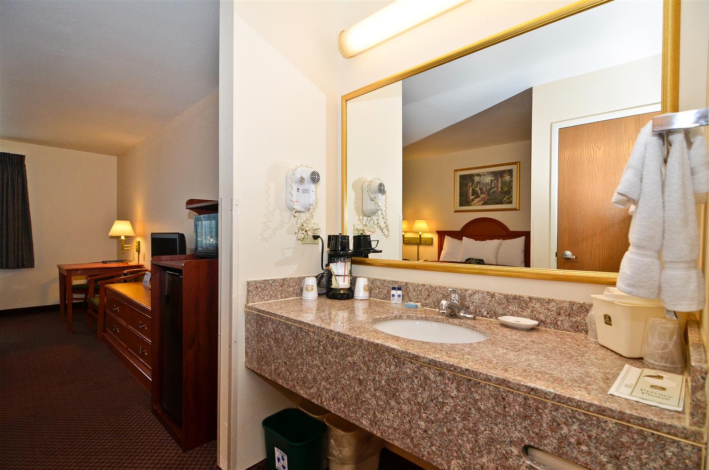 Room - Best Western Inn Parsons