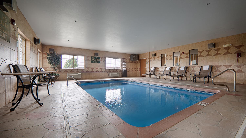 Pool - Best Western Inn Parsons
