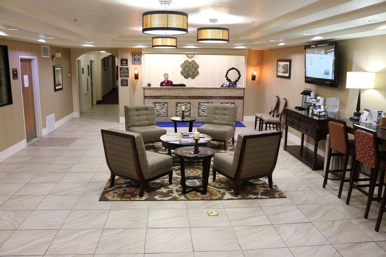 Lobby - Best Western Inn Parsons