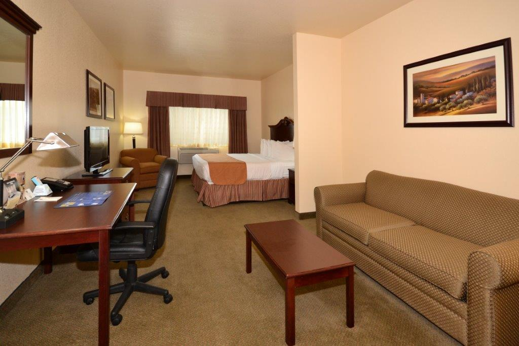 Suite - Best Western El Quartelejo Inn Scott City