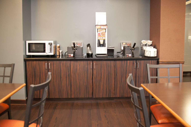 Restaurant - Best Western Plus Olathe Inn & Suites