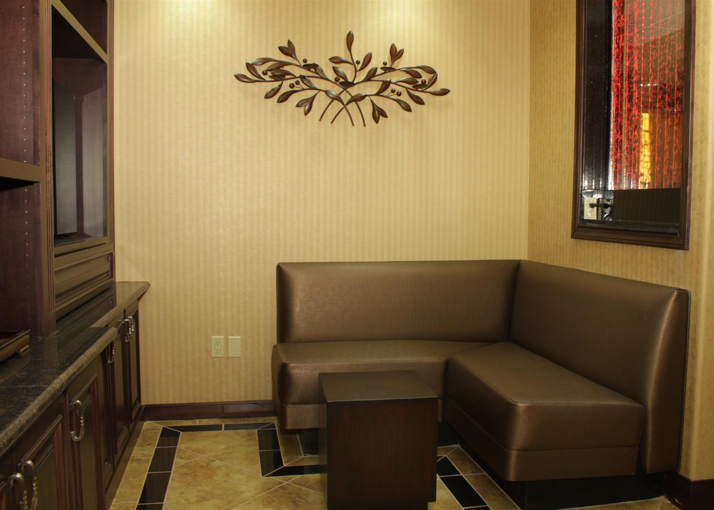 Room - Best Western Premier KC Speedway Inn & Suites