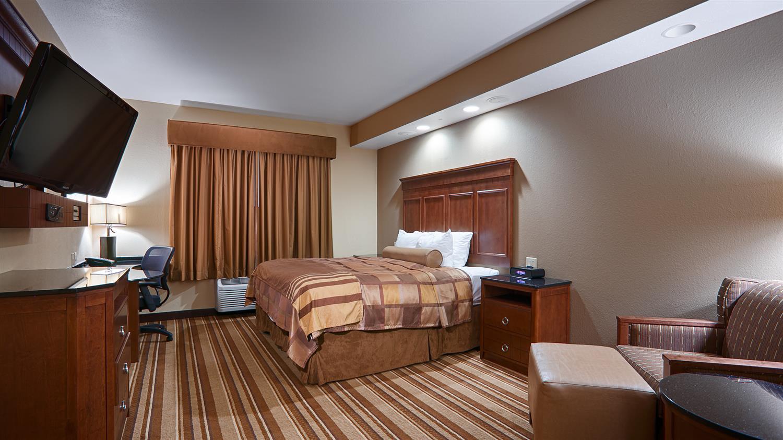 Spa - Best Western Premier KC Speedway Inn & Suites