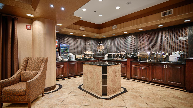 Restaurant - Best Western Premier KC Speedway Inn & Suites