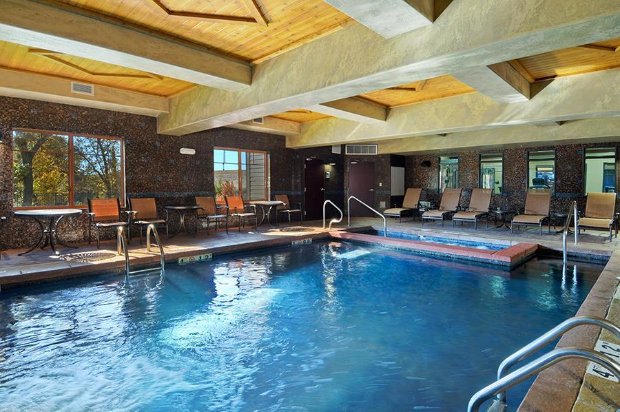 Pool - Best Western Premier KC Speedway Inn & Suites