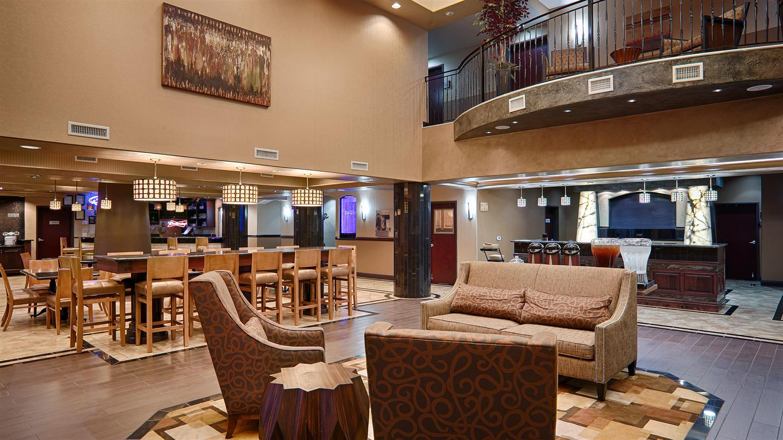 Lobby - Best Western Premier KC Speedway Inn & Suites