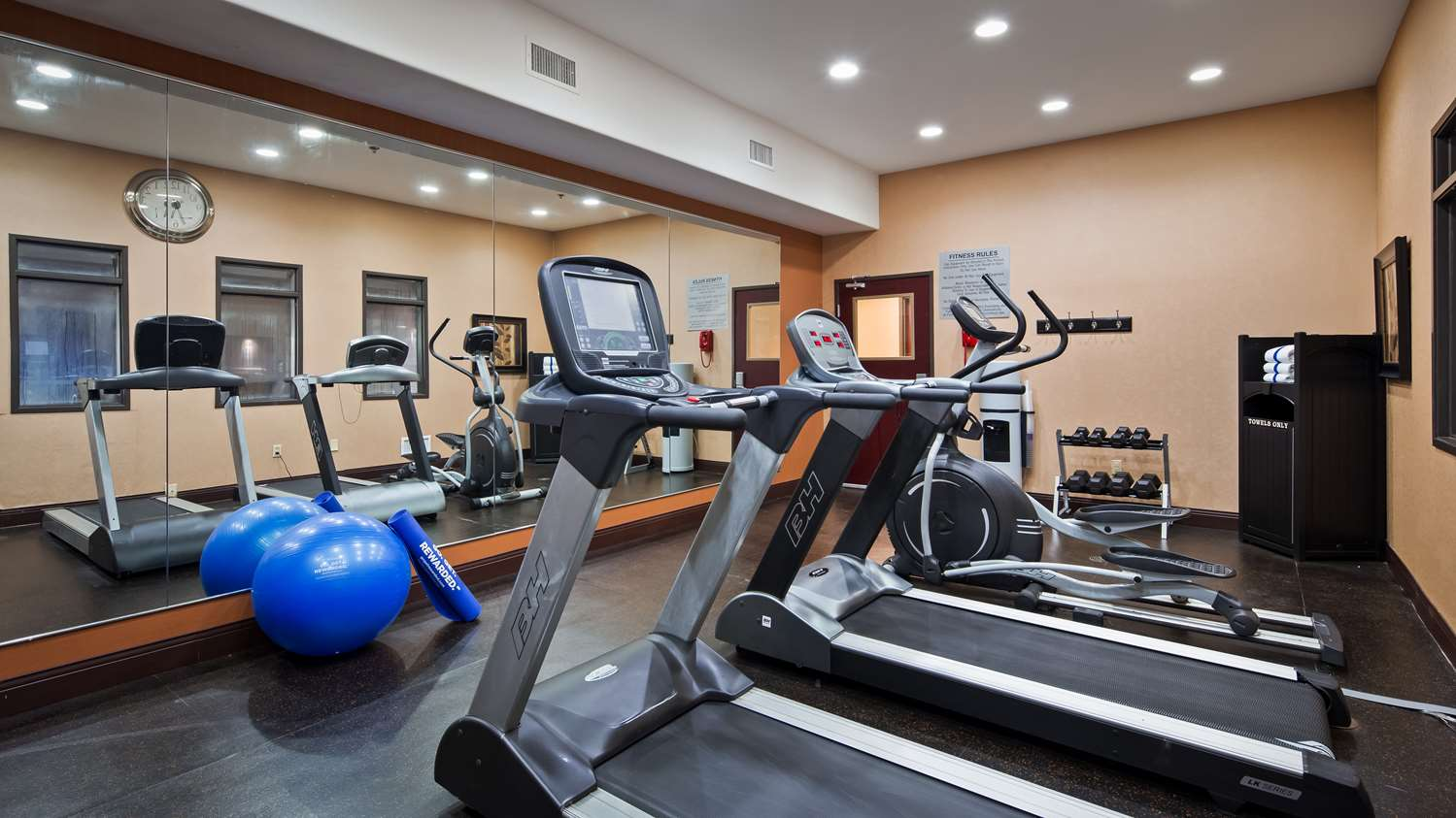 Fitness/ Exercise Room - Best Western Premier KC Speedway Inn & Suites