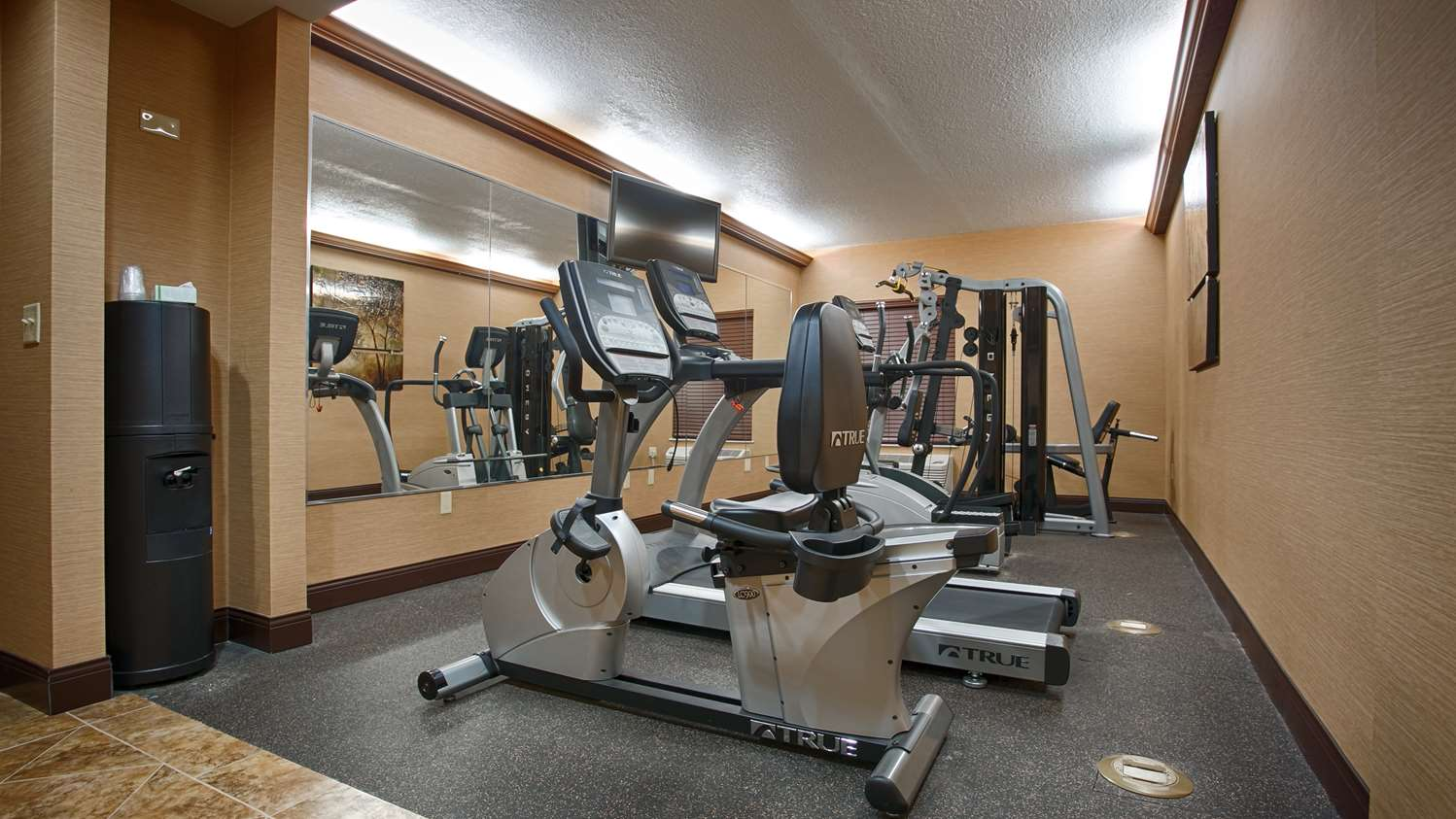 Fitness/ Exercise Room - Best Western Plus Midwest Inn & Suites Salina