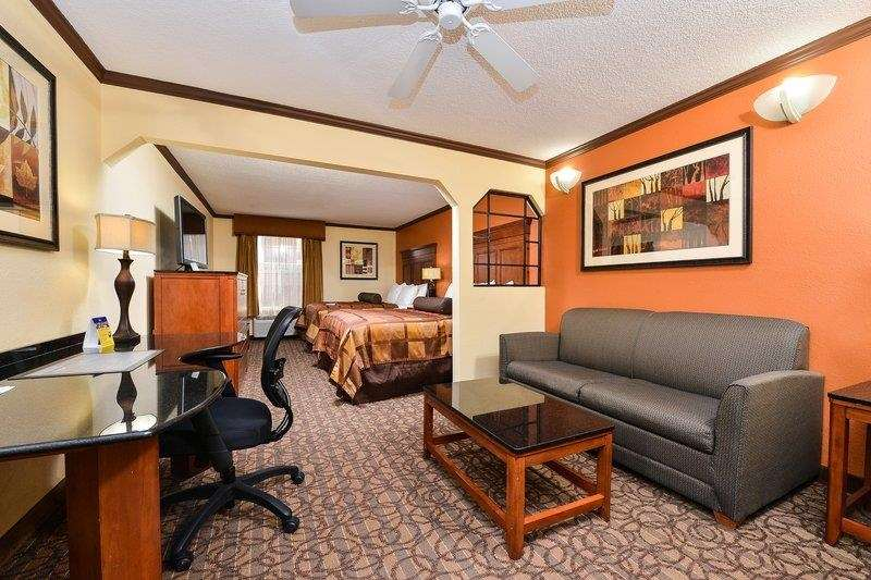 Suite - Best Western Plus Midwest Inn & Suites Salina