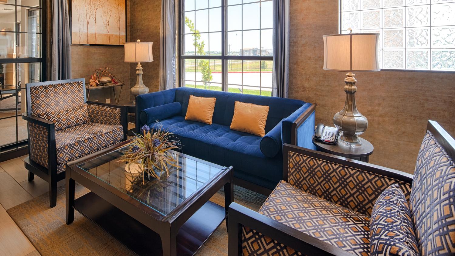 Lobby - Best Western Plus Emerald Inn & Suites Garden City