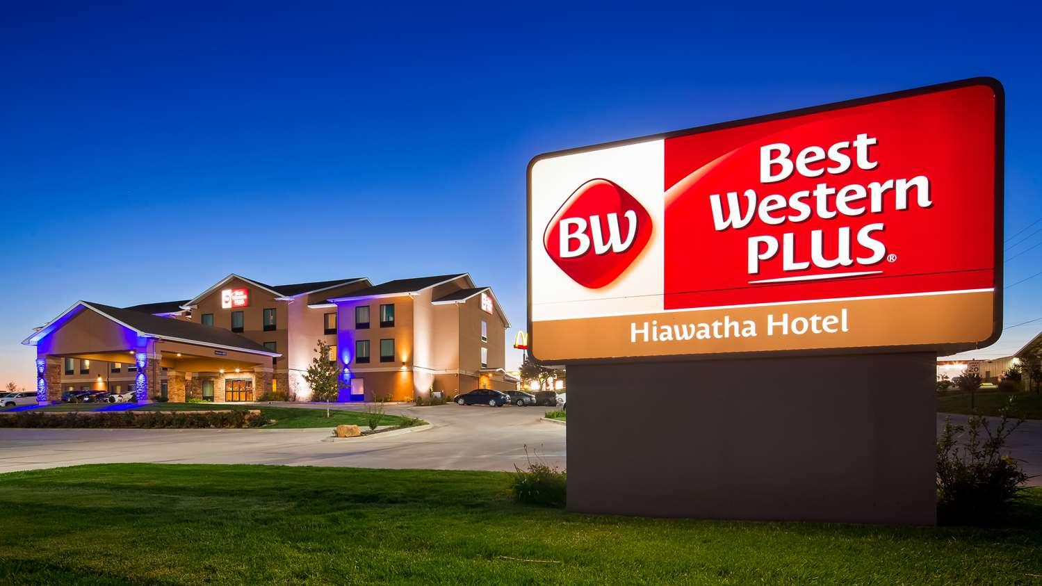 Exterior view - Best Western Plus Hiawatha Hotel