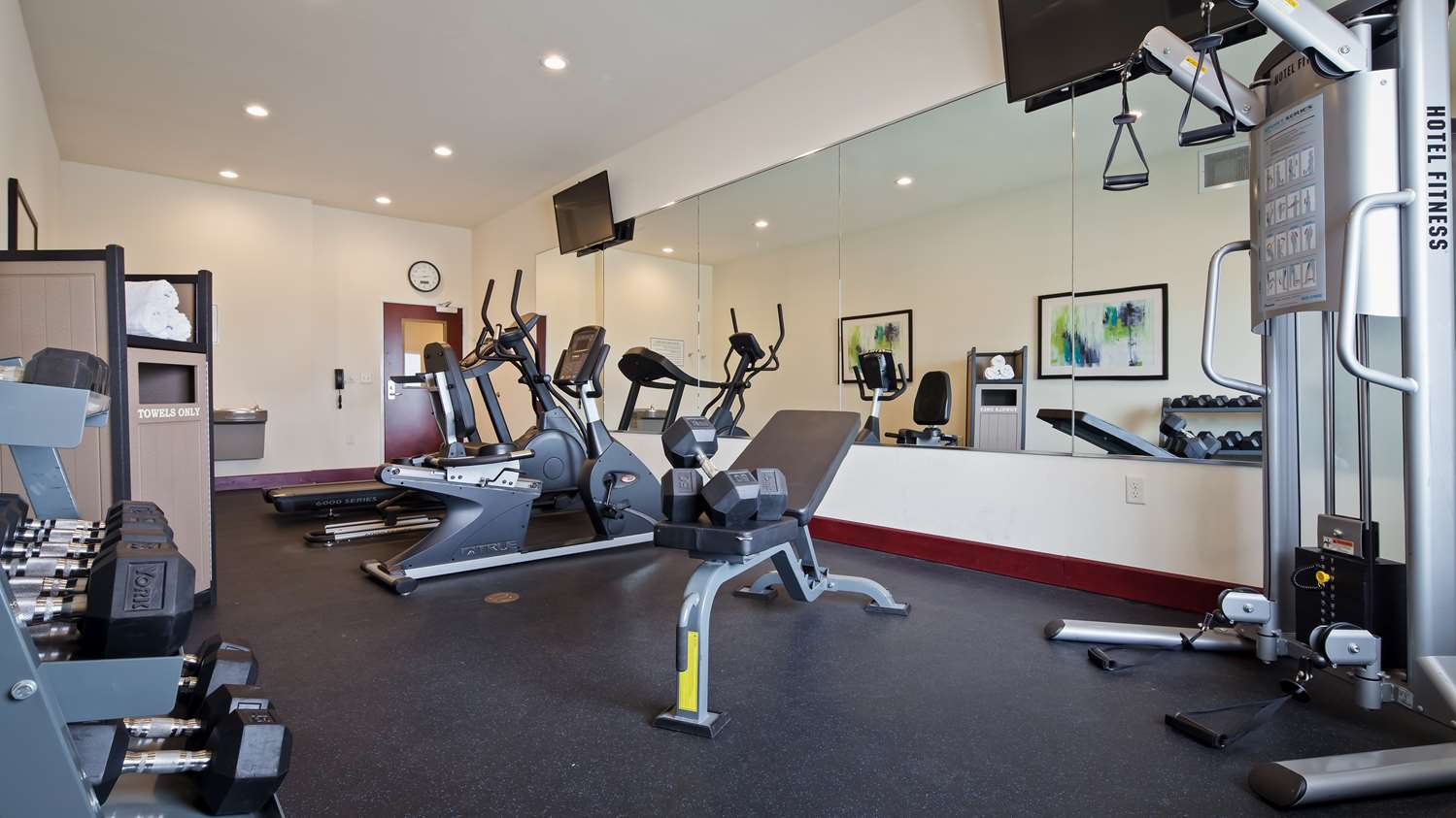 Fitness/ Exercise Room - Best Western Plus Pratt Hotel