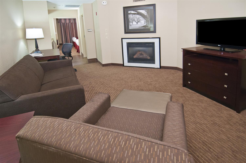 Suite - Best Western Alexandria Inn & Suites