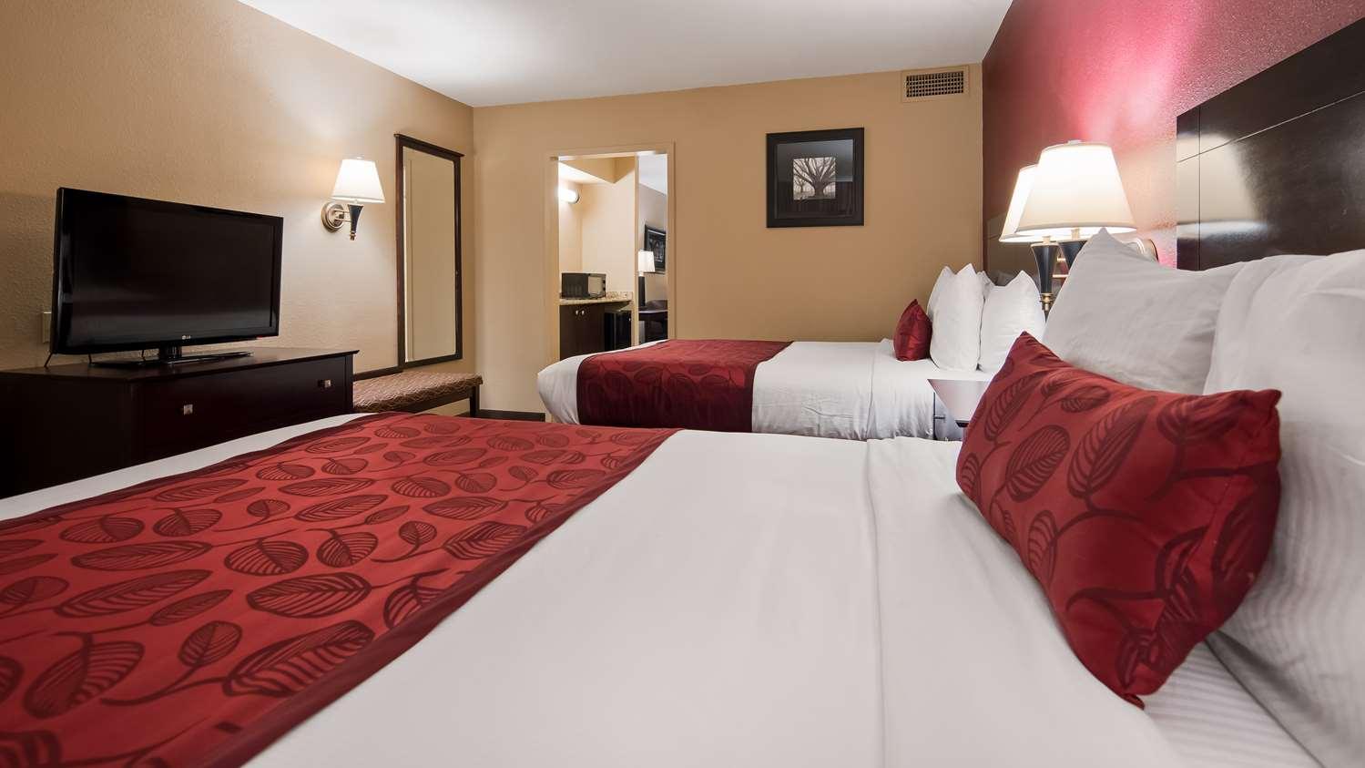 Room - Best Western Alexandria Inn & Suites