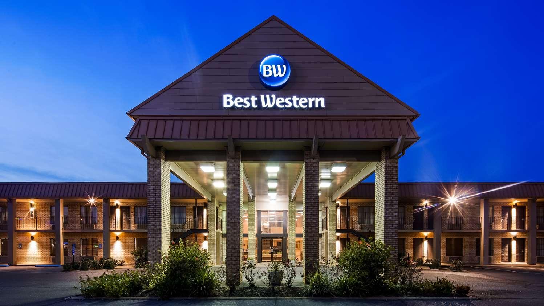 Exterior view - Best Western Alexandria Inn & Suites