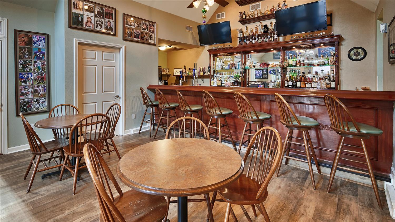 Bar - Best Western Plus Westbank Hotel Harvey