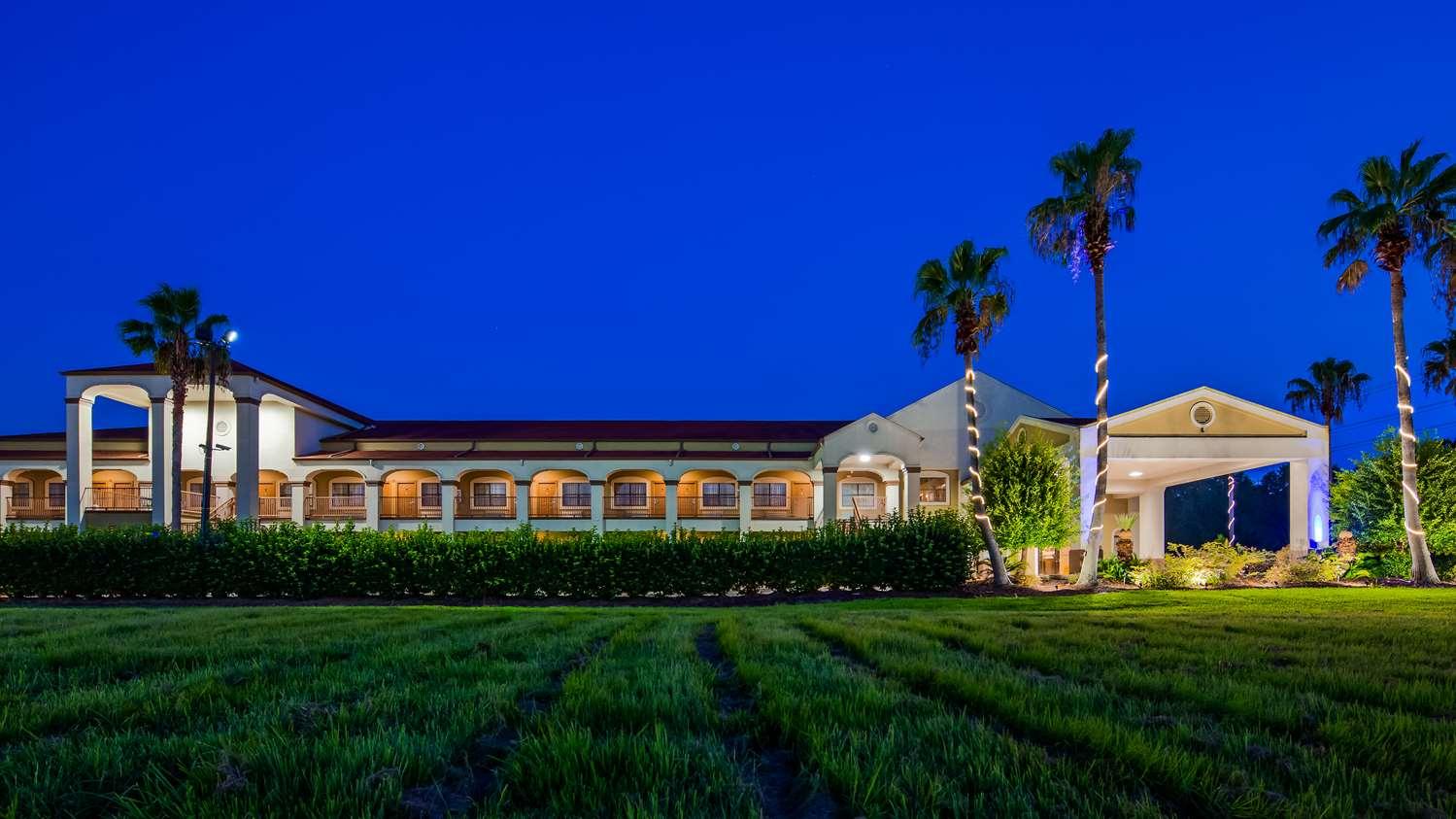 Exterior view - Best Western LaPlace Inn