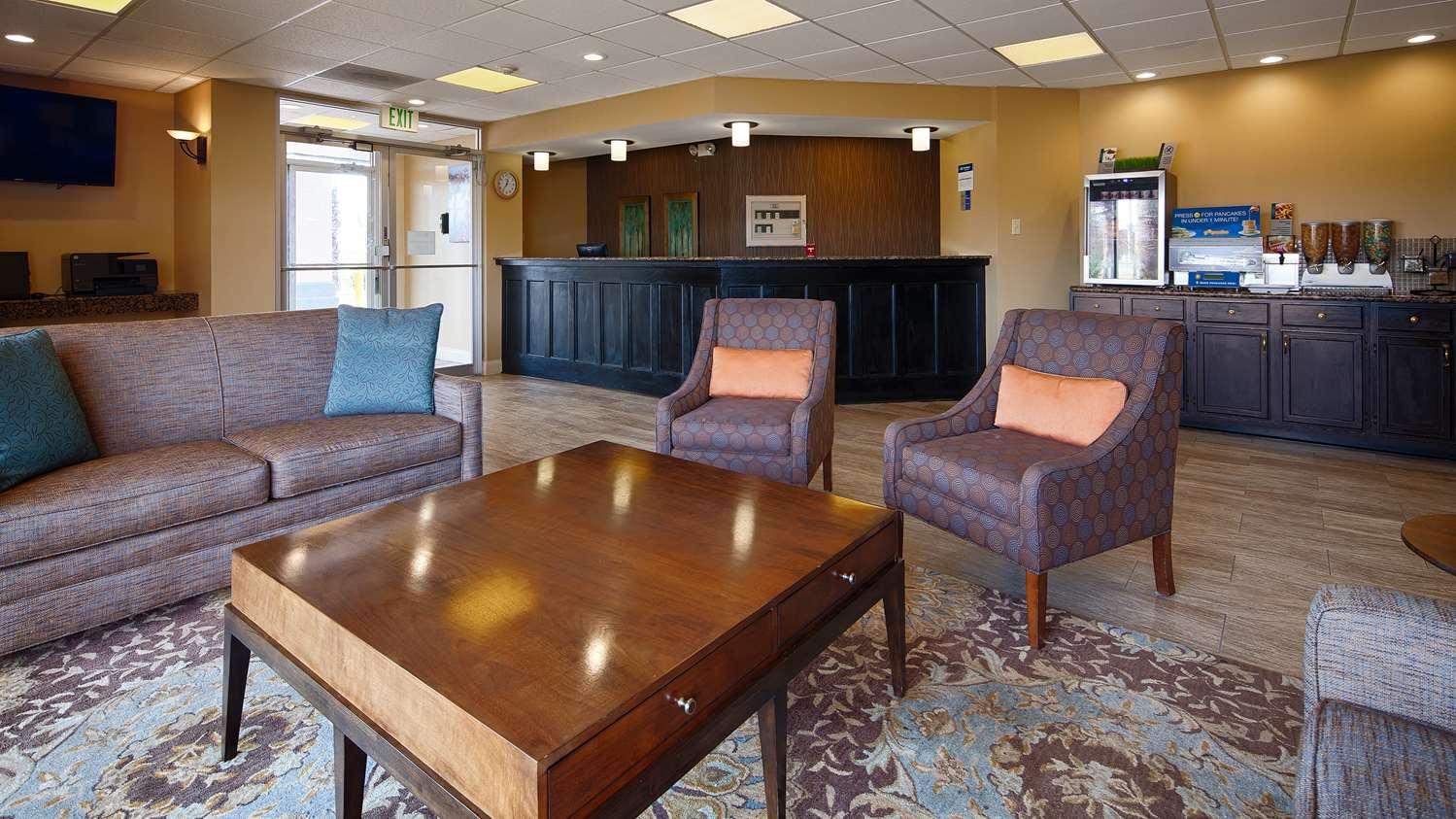 Lobby - Best Western Hotel Magnolia Manor Port Allen