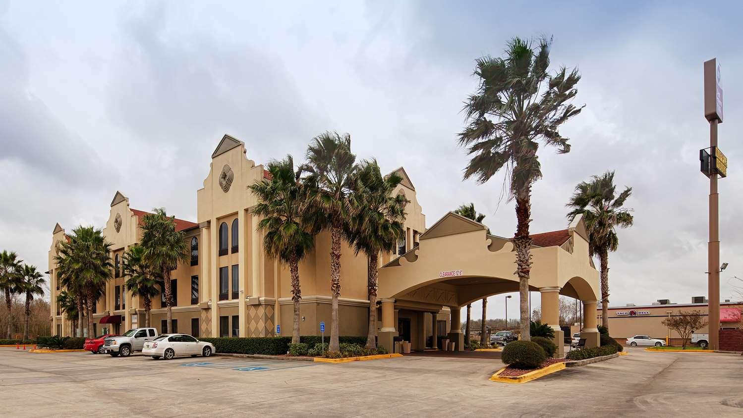 Exterior view - Best Western Plus Inn Gray