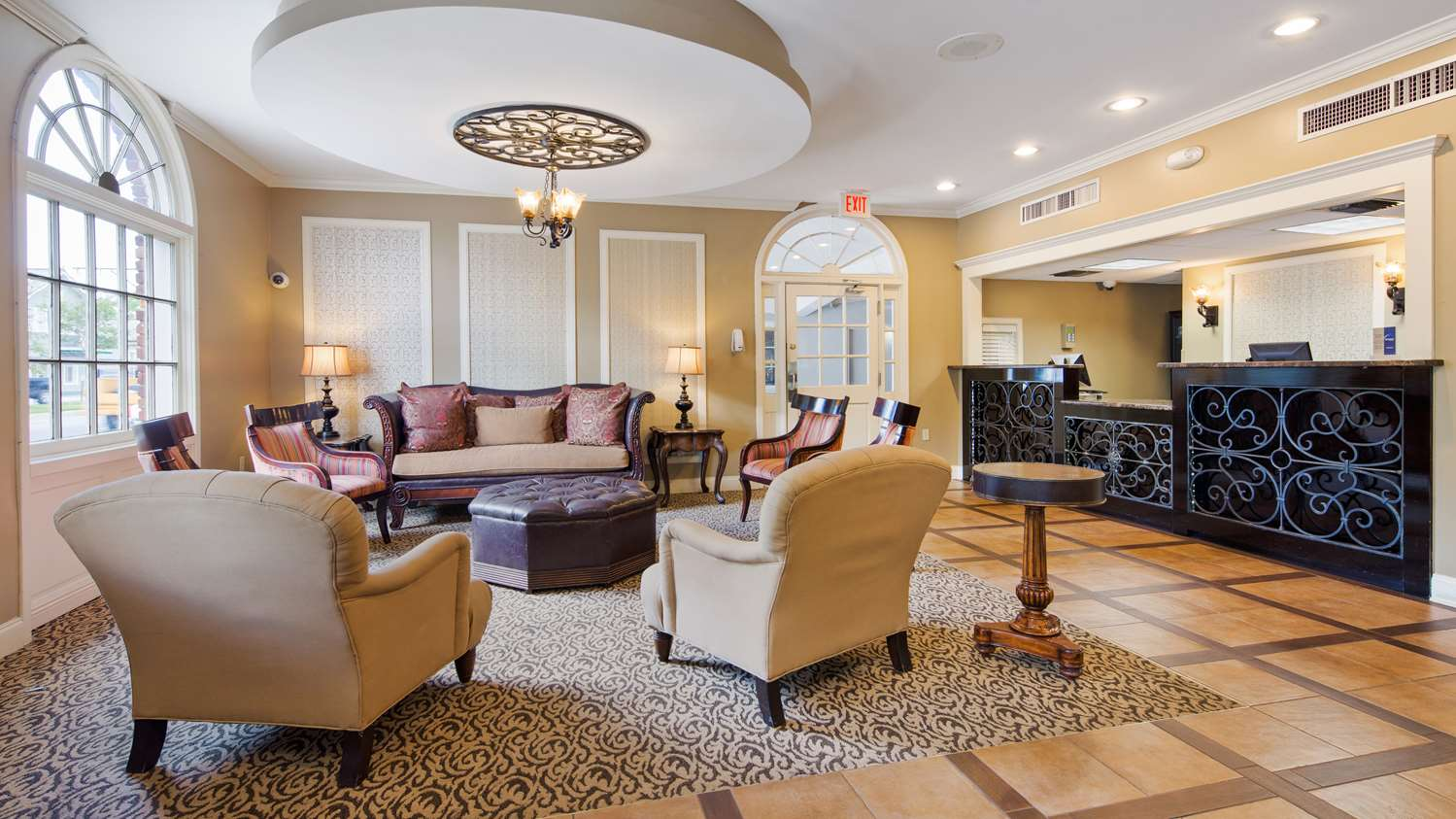 Lobby - Best Western Plus French Quarter Landmark Hotel