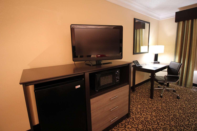 Room - Best Western Plus Slidell Inn