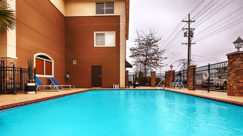 Pool - Best Western Plus Slidell Inn