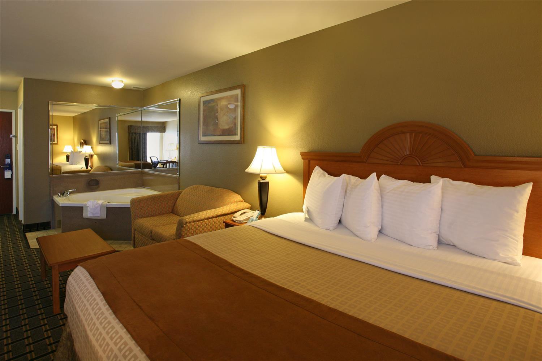 Suite - Best Western Inn Zachary