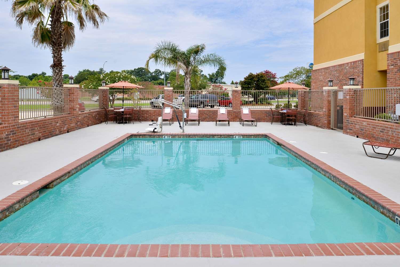 Pool - Best Western Inn Plaquemine