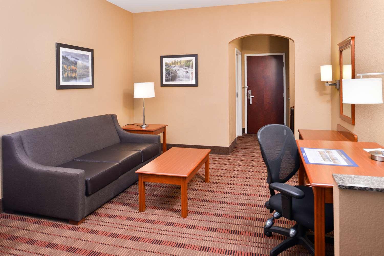 Suite - Best Western Inn Plaquemine