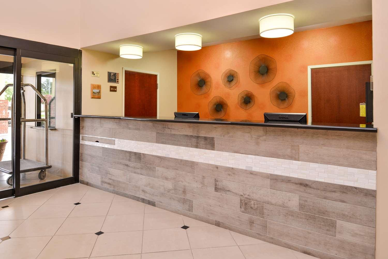 Lobby - Best Western Inn Plaquemine