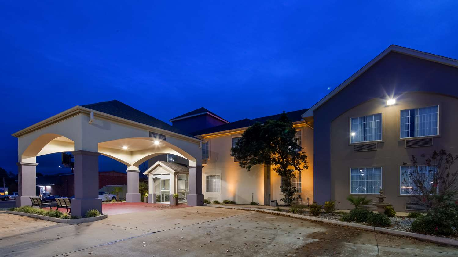 Exterior view - Best Western Plus DeRidder Inn