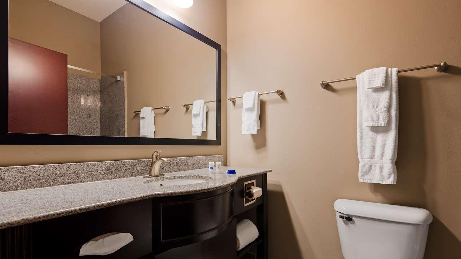 Room - Best Western Abbeville Inn & Suites
