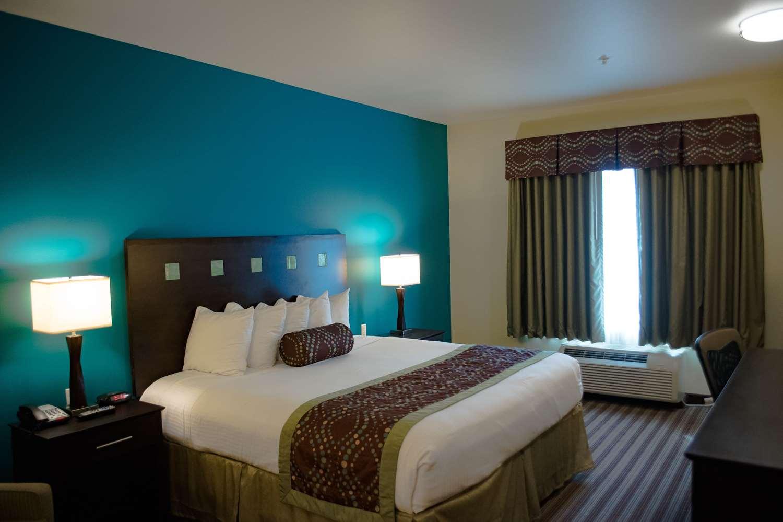 Room - Best Western Plus Desoto Inn & Suites Mansfield