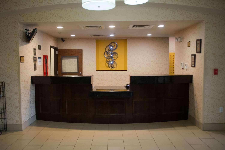 Lobby - Best Western Plus Desoto Inn & Suites Mansfield