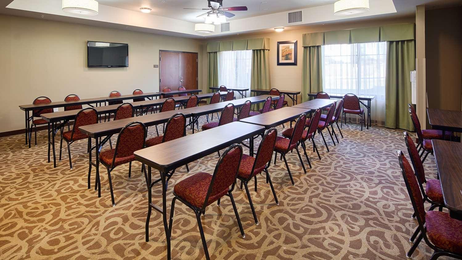 Meeting Facilities - Best Western Plus Desoto Inn & Suites Mansfield