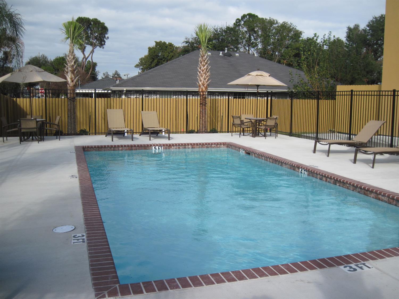 Pool - Best Western Plus Chalmette Hotel